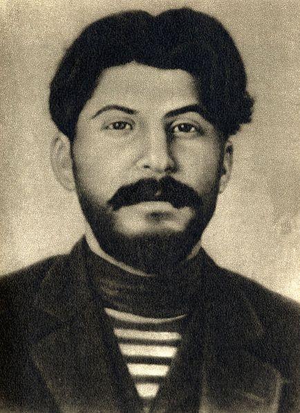 436px-joseph-stalin-1912.jpg